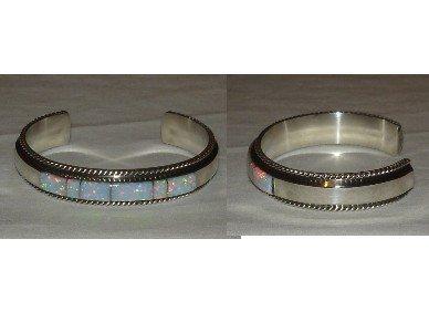 Elegant silver bracelet adorned with OPAL