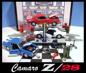 1968 CHEVY CAMARO Z-28 GARAGE W/ ELECTRIC CAR LIFT & 3 CARS++