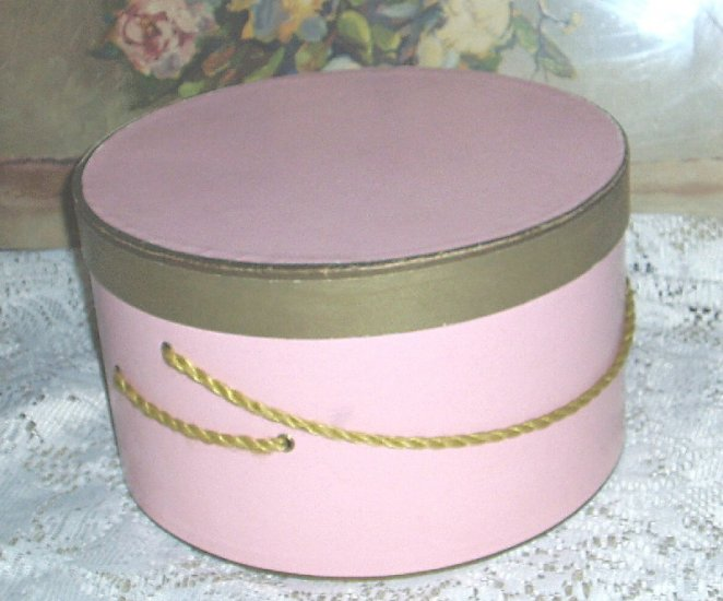 Vintage Shabby Pink Hat Box  Very Chic