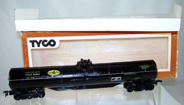 Tyco  HO Scale  Pennzoil  60FT.  Tank Car#UTLX59624