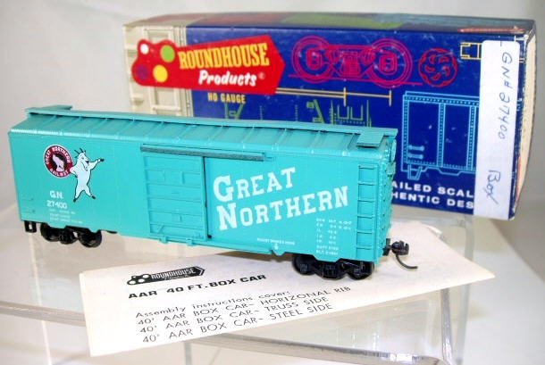 Roundhouse  HO Scale  GN  40 FT.  AAR Box Car#G.N.27400
