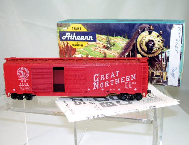 Athearn  HO Scale  GN  50FT. Double-Door Box Car#GN3525