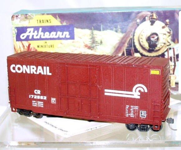 Athearn  HO Scale  Conrail  40FT. Smooth-Side Plug-Door High-Cube Box Car#CR172552