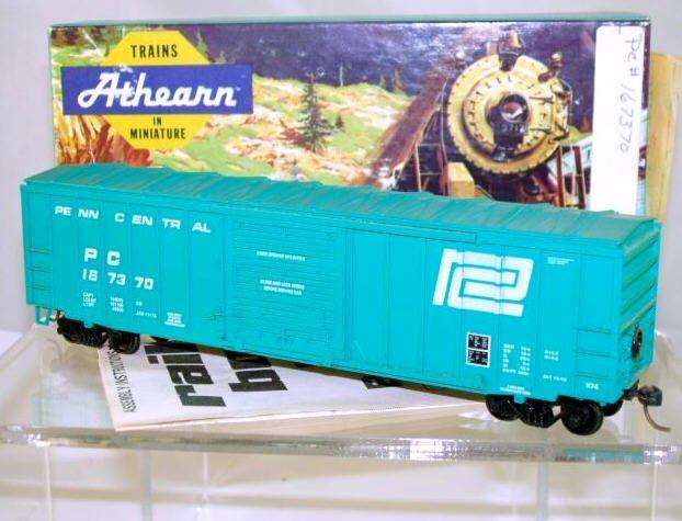 Athearn  HO Scale  Penn Central  50FT. ACF Rail-Box Box Car#PC167370