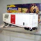 Athearn  HO Scale  SOO Line  50Ft. Plug-Door Box Car#SOO19104