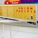 Roundhouse HO Scale  Union Pacific  50Ft. FMC Double-Door(Offset) Box Car#UP300382