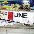 Athearn Bev-Bel HO  SOO Line(Modern Scheme) 50Ft. Single-Door Box Car(Lightly Weathered)#174830