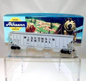 Walthers/Athearn(Limited Edition) HO Scale  Wisconsin Central  54Ft. Covered Hopper Kit#97809