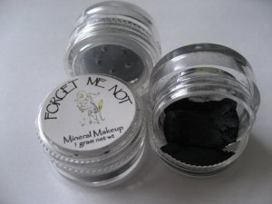 Mineral Makeup Eye Shadow Black Shimmer 5 Gram Jar