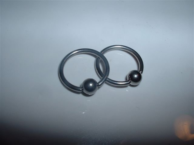 Captive Bead Rings 14G Half Inch Rings Ear Nipple Belly Ect *FREE SHIP*