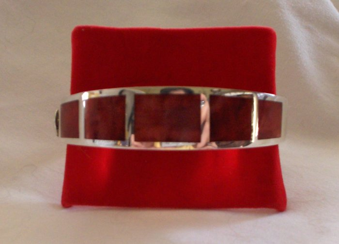 .950 Handcrafted Sterling Silver Bracelet with Red Jasper Stone