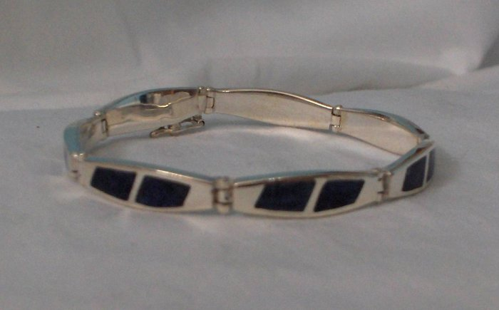 Handcrafted .950 Silver Bracelet with Blue Stone