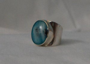 Size 7 Handcrafted .950 Sterling Silver Ring with Peruvian Opal Stone