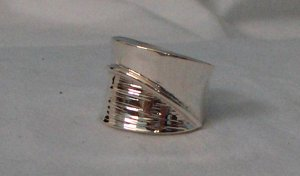 Handcrafted Size 7 Genuine .950 Sterling Silver Ring with No Stone