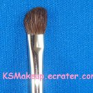 M•A•C- MEDIUM ANGLED SHADING BRUSH  #275