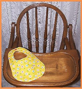 Baby Girl Bib Yellow With White Flowers