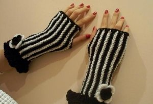 Knitted Black,white mittens for precious ladies.OOAK
