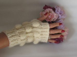 Knitted Ivory mohair fingerles gloves.s,m,l sizes.OOAK