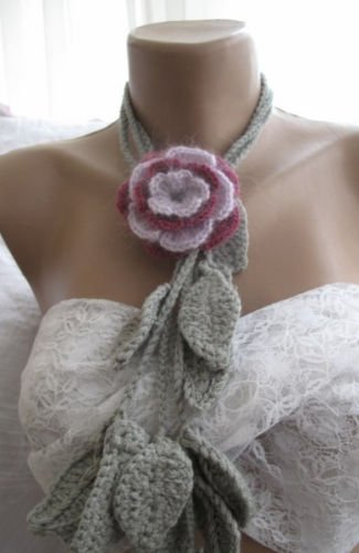 Crocheted claret-lilac flower brooch.lariat -necklace