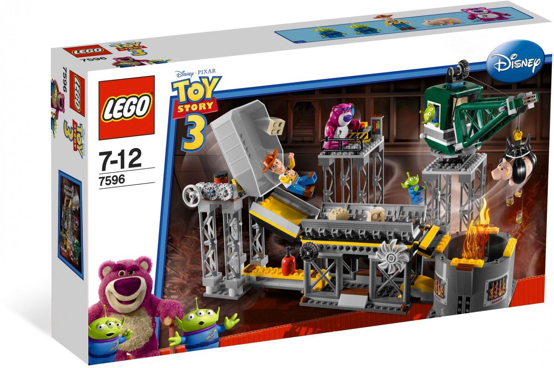 Lego Toy Story 3 Trash Compator Escape 7596 (2010) New Factory Sealed Set!