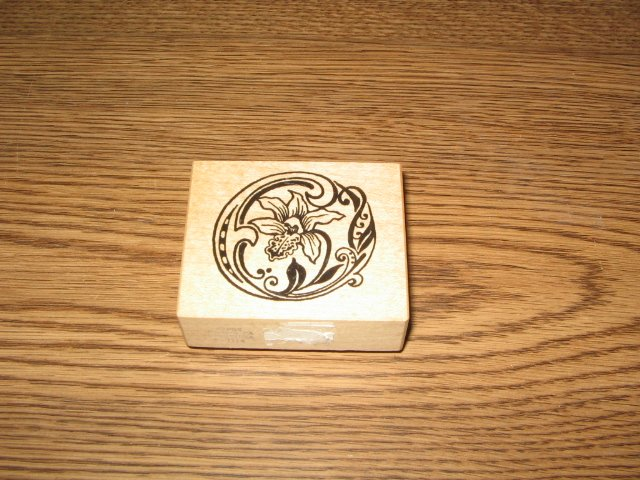 PSX Botanical Letter O Wood Mounted Rubber Stamp F-1114 Retired Collectible
