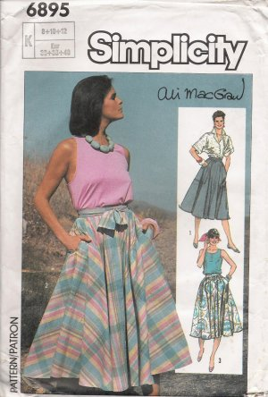 Vintage Sewing Pattern Misses' Circle Skirt Size 8-12 Simplicity 6895 UNCUT