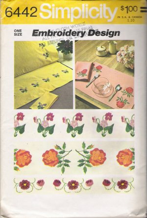 Vintage Floral Embroidery Transfers Pattern Simplicity 6442 UNCUT