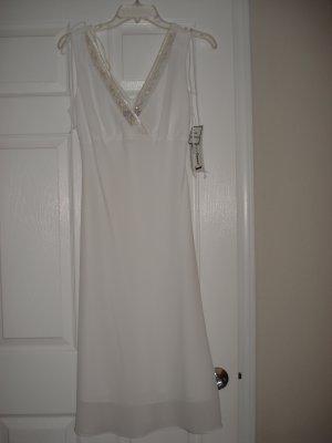 Women's Juniors Clothes Sleeveless White Dress Size 9/10 New
