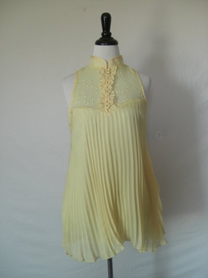 NWT Voile Chiffon Eyelet Ruffle Accordion Pleat Top L