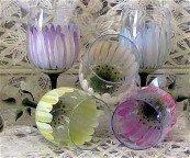 3-D Daisy wine glasses, set of 4