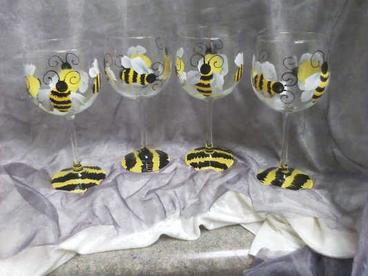 Black Bumble Bee >> Hand Painted Bumble Bee Wine Glasses, set of 4
