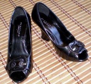 Kenneth Cole Black Leather Wedge Heels Pumps nw 7.5