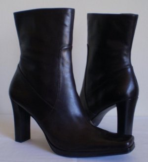 Nine West Pioneer Brown Leather Mid Calf Boots Heels 11