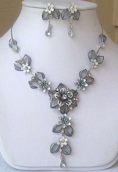 Silver Steel Blue Austrian Crystal Floral Necklace Set