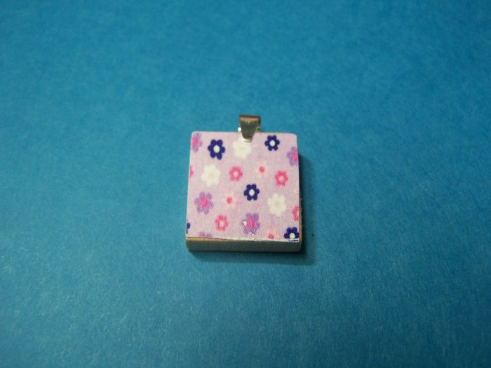 Recycled scrabble Pendant  little daisies