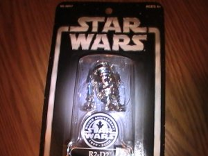 Star Wars R2D2 25th Anniversary 3.75 inch Toys R Us Exclusive Figure