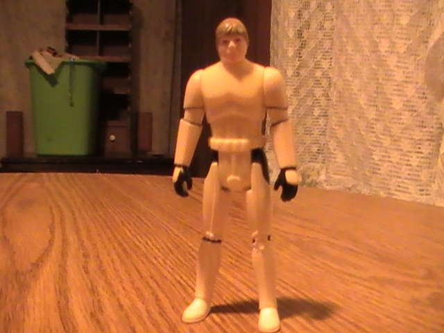 Star Wars Luke Skywalker As Stormtrooper With Gun & A Helmet Last 17 3.75 inch Figure