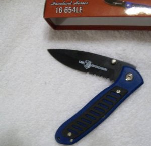 "Homeland Heroes #1 Law Enforcement Police 4 1/2 "" Tactical Collectible Collector Knife"
