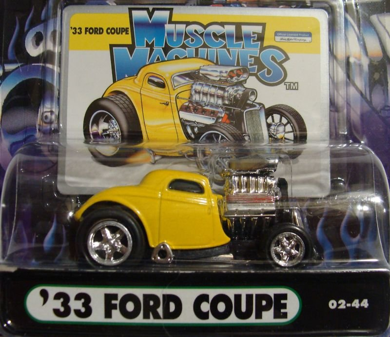 Muscle Machines Yellow 1933 Ford Coupe Hotrod Die Cast Car