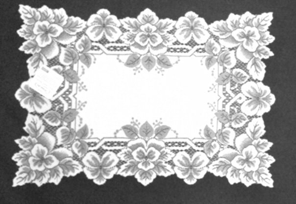 Heirloom Placemat  14 x 20 White Set Of (4)  Heritage Lace
