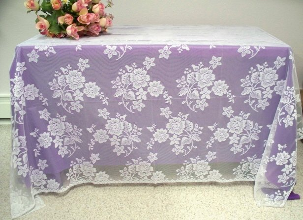 Lae Tablecloth Rose Bouquet Tablecloth White 60 x 84 Inches