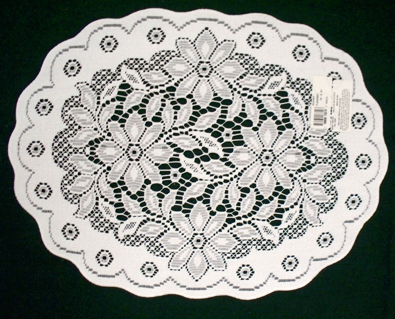 Placemats Poinsettia White 14x19 White Oxford House Set Of (4)