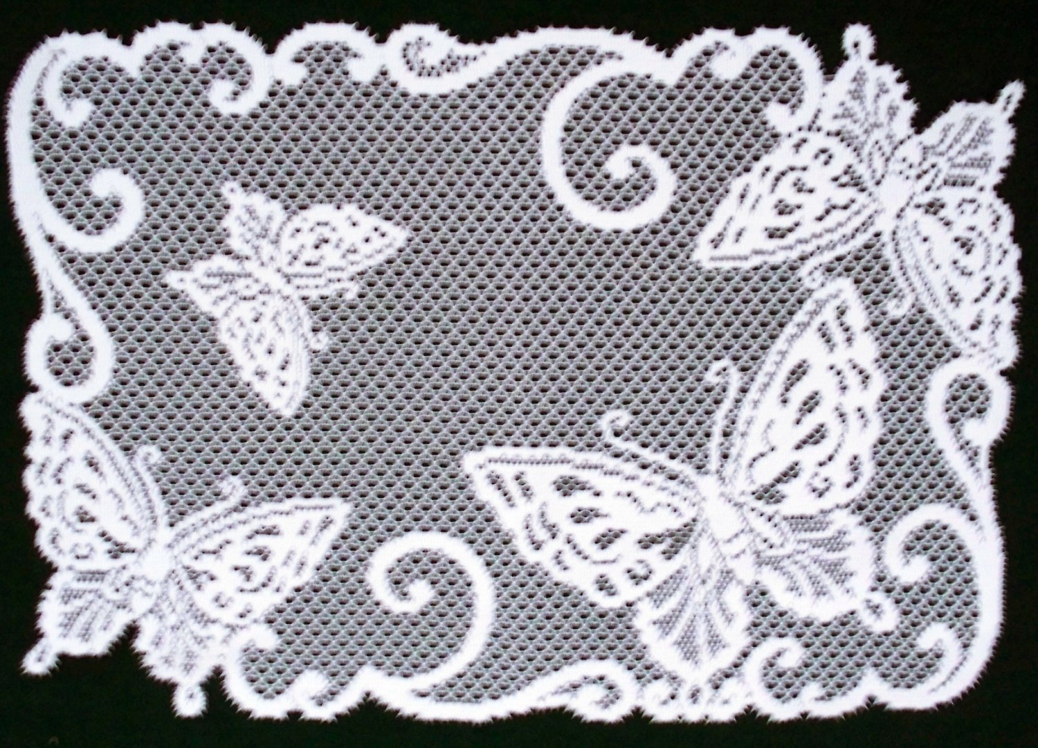 Butterflies Placemat 14 x 20 White Heritage Lace Set Of (4)