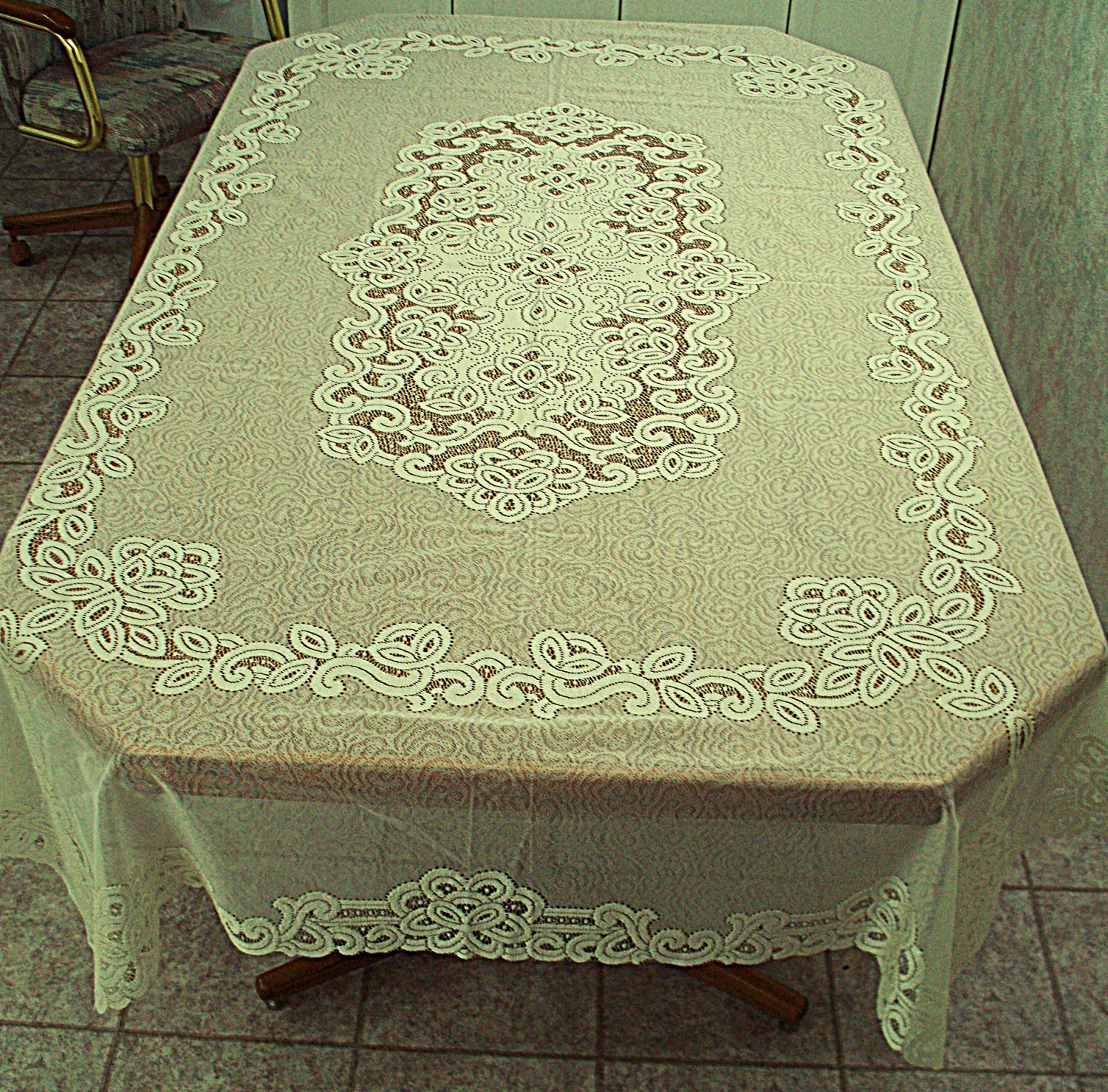 Rectangle Tablecloth Battenburg Paisley 60x90 Ivory Oxford House