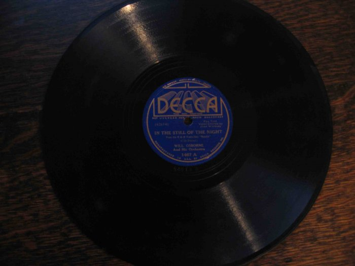 "Will Osborne plays Cole Porter, ""In the Still of the Night"" b/w ""Rosalie"" on 78 rpm"
