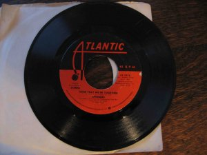 "Spinners 45rpm single, ""Now That We're Together"" b/w ""The Rubberband Man"" (1976)"