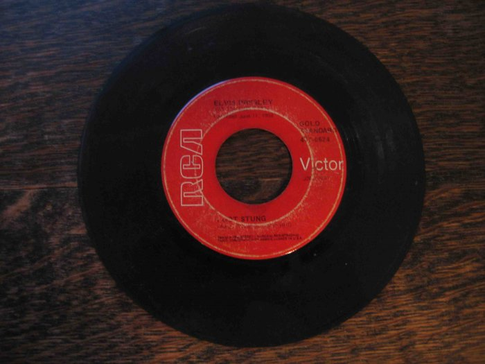 "Elvis Presley 45rpm single, ""I Got Stung"" b/w ""One Night"""