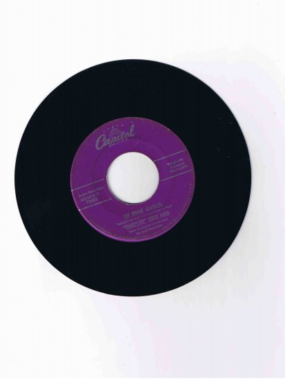 "Tennessee Ernie Ford, 45 rpm record, ""The Rovin' Gambler"" b/w ""John Henry"""