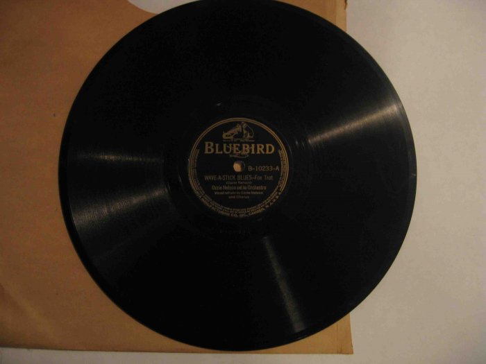 "Ozzie Nelson 78 rpm record, ""Wave-a-Stick Blues"" b/w ""Ever So Quiet"""