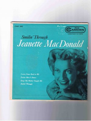 """Jeanette MacDonald 45 rpm EP, """"Smilin' Through"""" in picture sleeve"""